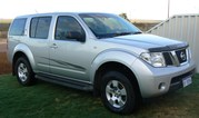 NISSAN PATHFINDER 2006 FAMILY 4WD